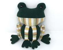 Keepsake Memory Frog, LARGE - Nestling Kids Keepsakes