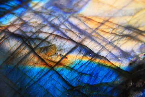 image of iridescent blue and gold labradorite
