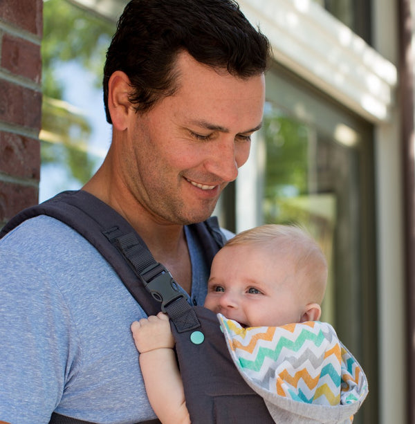 INFANTINO Cuddle Up™ Ergonomic Hoodie Carrier