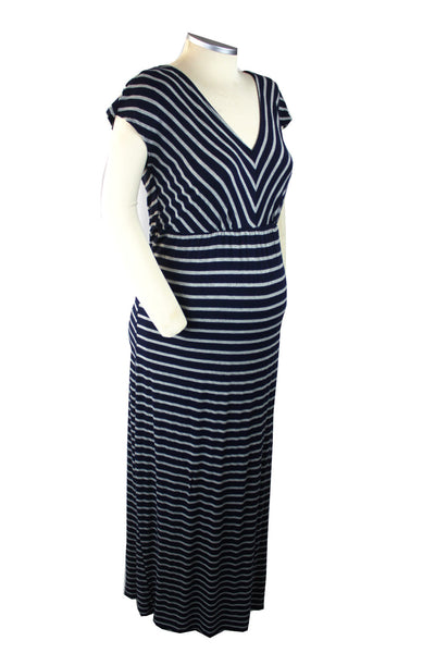 Nothing screams summer maternity comfort and style like a great maxi dress! This navy and grey short sleeve v-neck maxi dress with belly tie is perfect for all those summer occasions. Throw on a light jacket and this piece will serve you well into the fall.