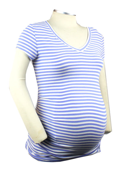 Get pretty in this periwinkle and white striped short sleeve v-neck shirt. It is super soft and can easily be a casual or dressed up as business casual under a blazer.