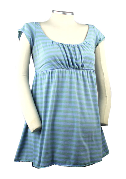 Show off your bump style with this drop bust periwinkle purple and sage green striped scope neck top.