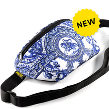Load image into Gallery viewer, Delft pattern Bag Belt