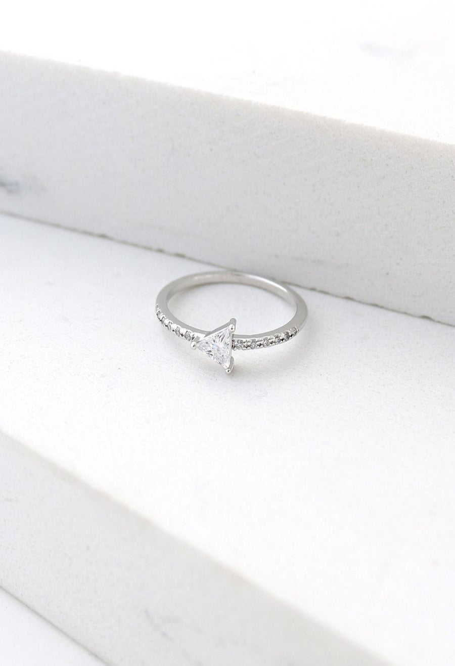 LOVER'S TEMPO - ON POINT RING IN SILVER (SIZE 6)