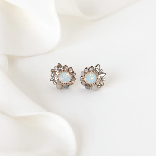 LOVER'S TEMPO - AMELIA CRYSTAL POST EARRINGS IN WHITE OPAL