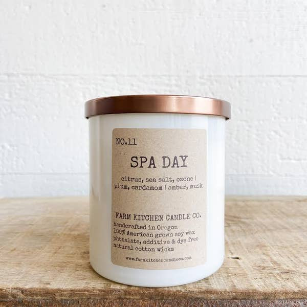 FARM KITCHEN CANDLE CO. - SPA DAY SOY CANDLE - WHITE
