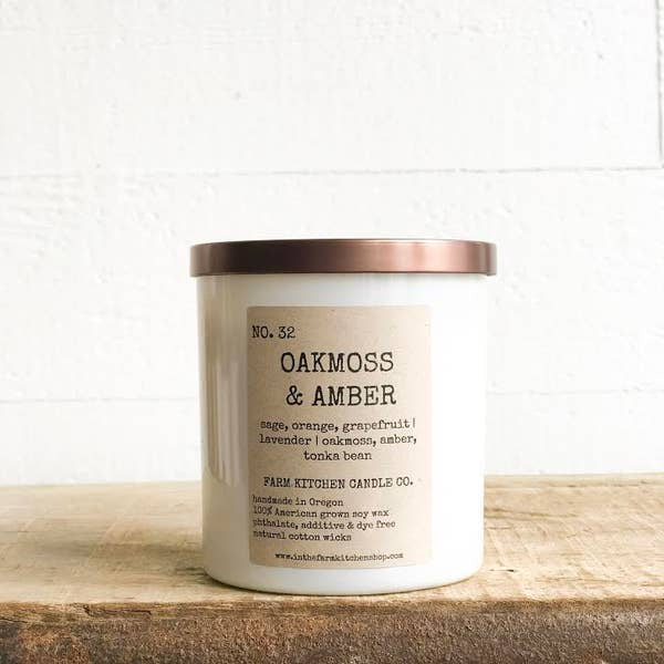 FARM KITCHEN CANDLE CO. - OAKMOSS & AMBER SOY CANDLE - WHITE
