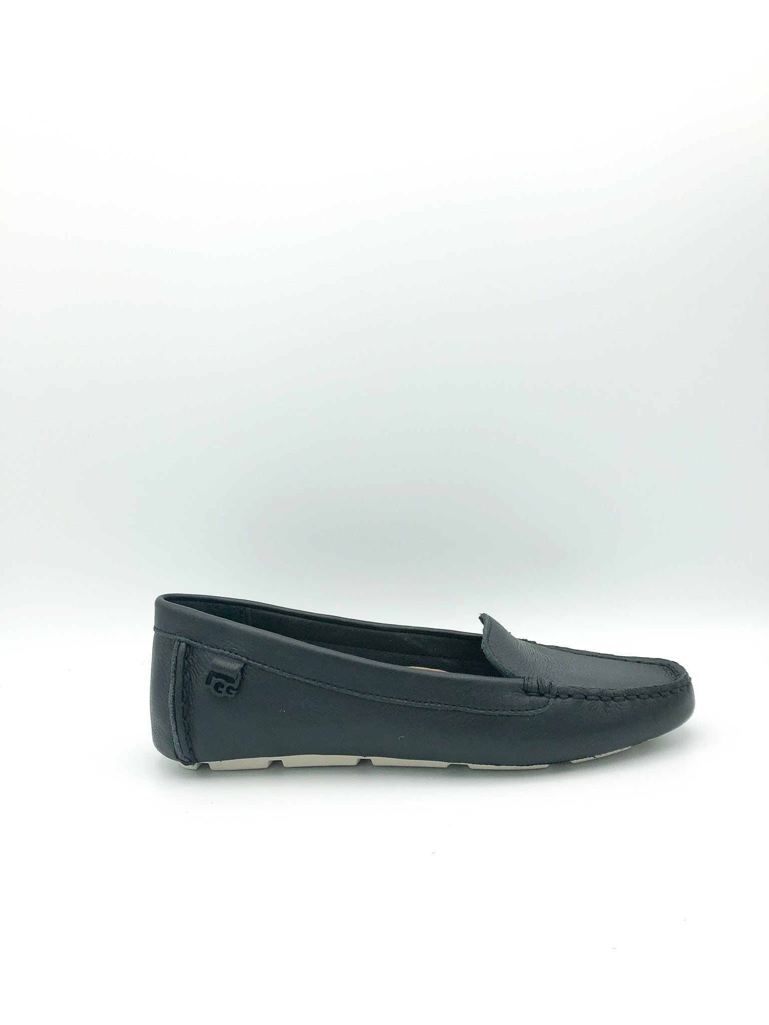 UGG - FLORES FLAT IN BLACK LEATHER