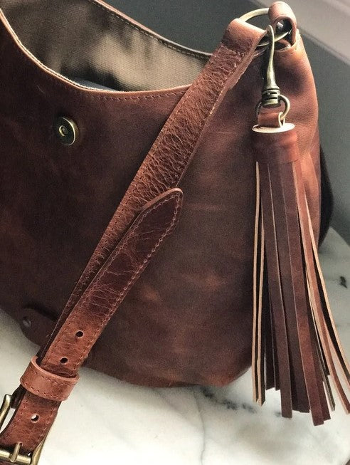 BRAVE LEATHER - DARYA RUGBY LEATHER HOBO BAG IN COGNAC