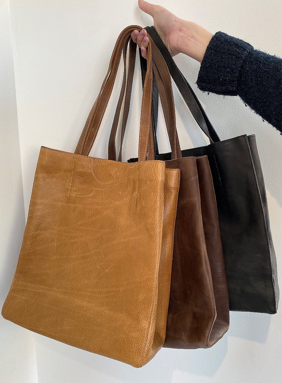 BRAVE LEATHER - GIOVANA ECO LEATHER TOTE IN WHEAT