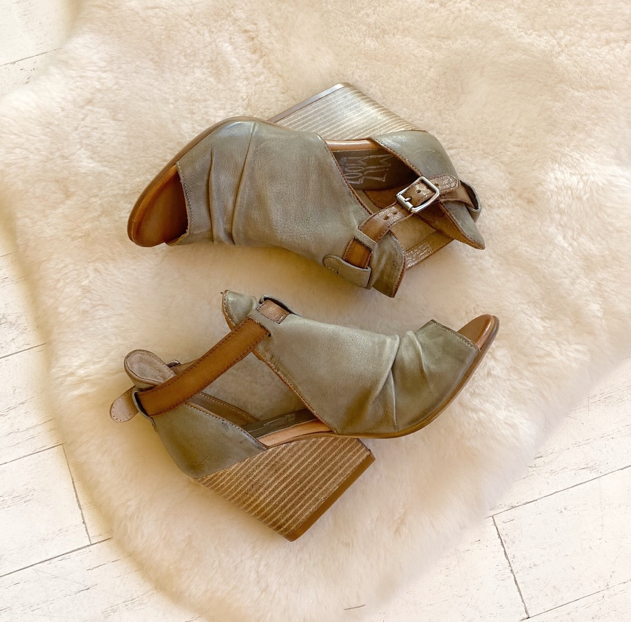 MIZ MOOZ - KISMET IN KHAKI LEATHER