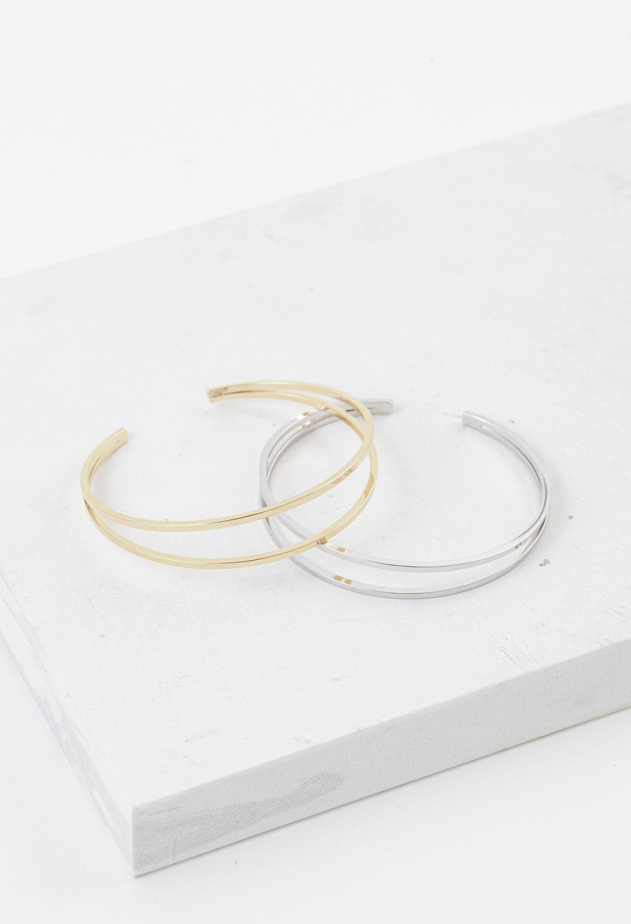 LOVER'S TEMPO - MAZI BANGLE IN SILVER