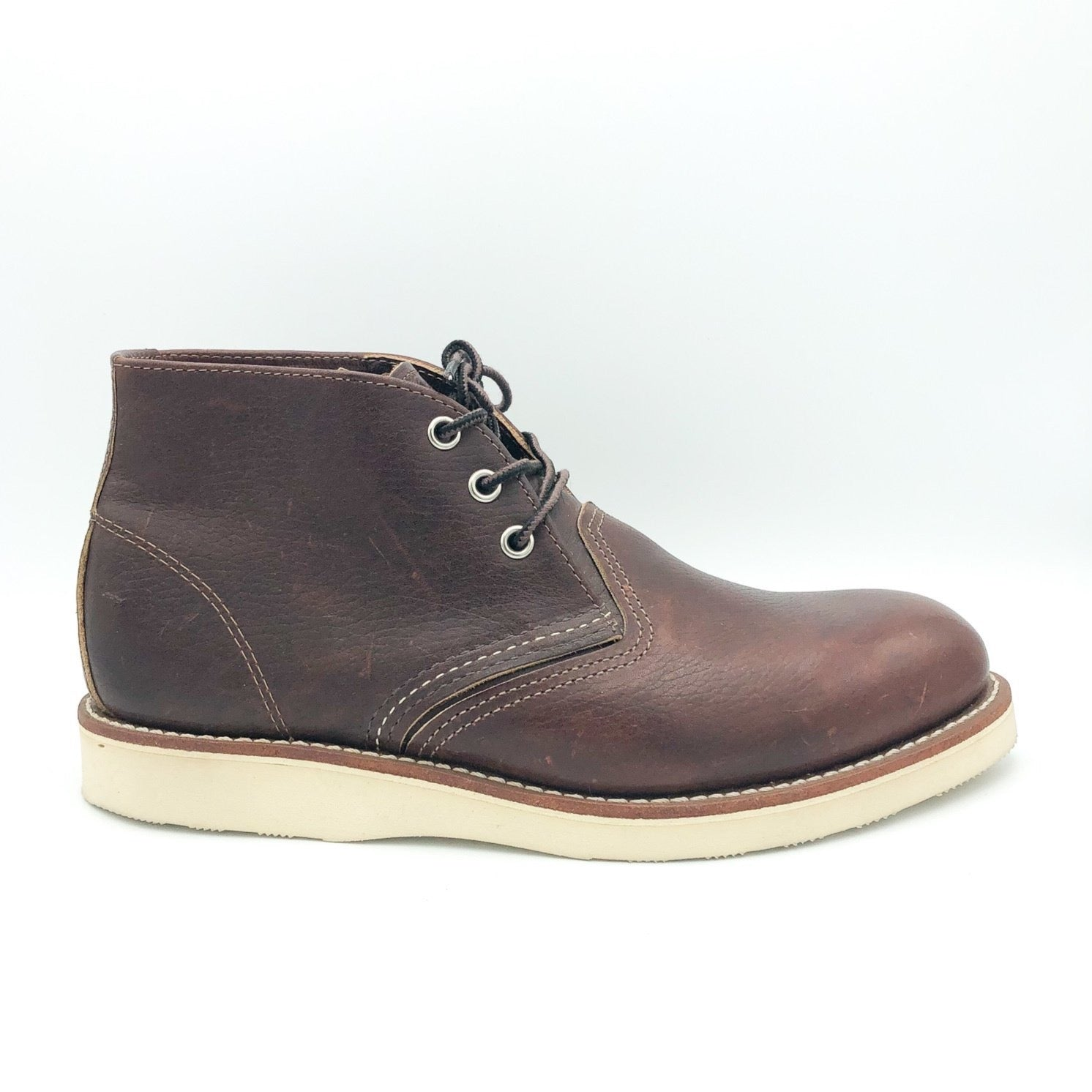 RED WING - MEN'S CLASSIC CHUKKA IN BRIAR OIL SLICK LEATHER