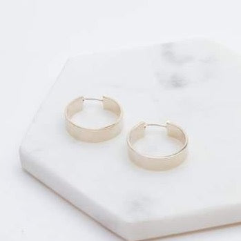 LOVER'S TEMPO - CHLOE HOOP EARRINGS IN GOLD