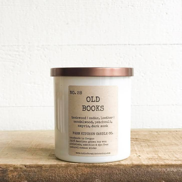FARM KITCHEN CANDLE CO - OLD BOOKS SOY CANDLE 8.5OZ