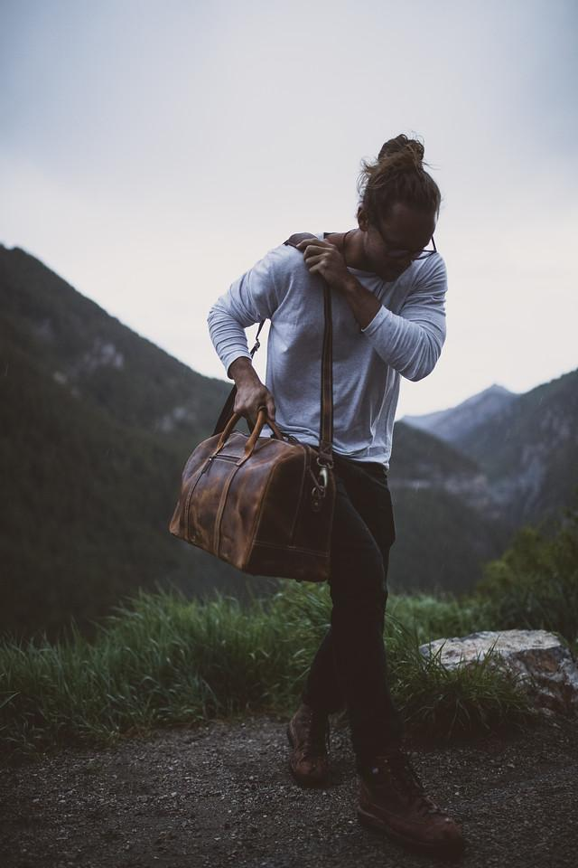 KODIAK - 30L WEEKENDER DUFFLE IN ANTIQUE BROWN