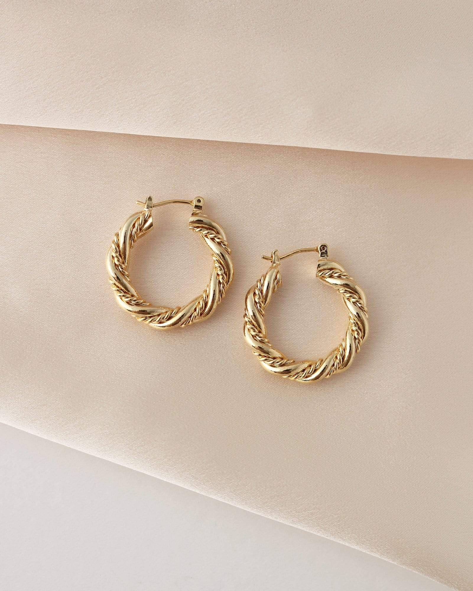 LOVER'S TEMPO - JESSIE HOOP EARRINGS IN GOLD