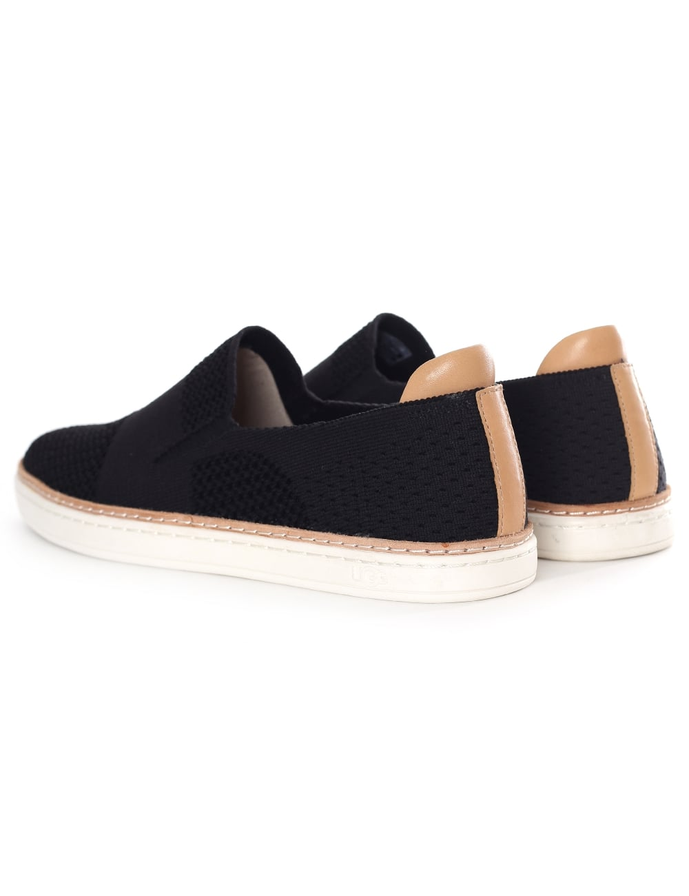 UGG - SAMMY IN BLACK RIB KNIT