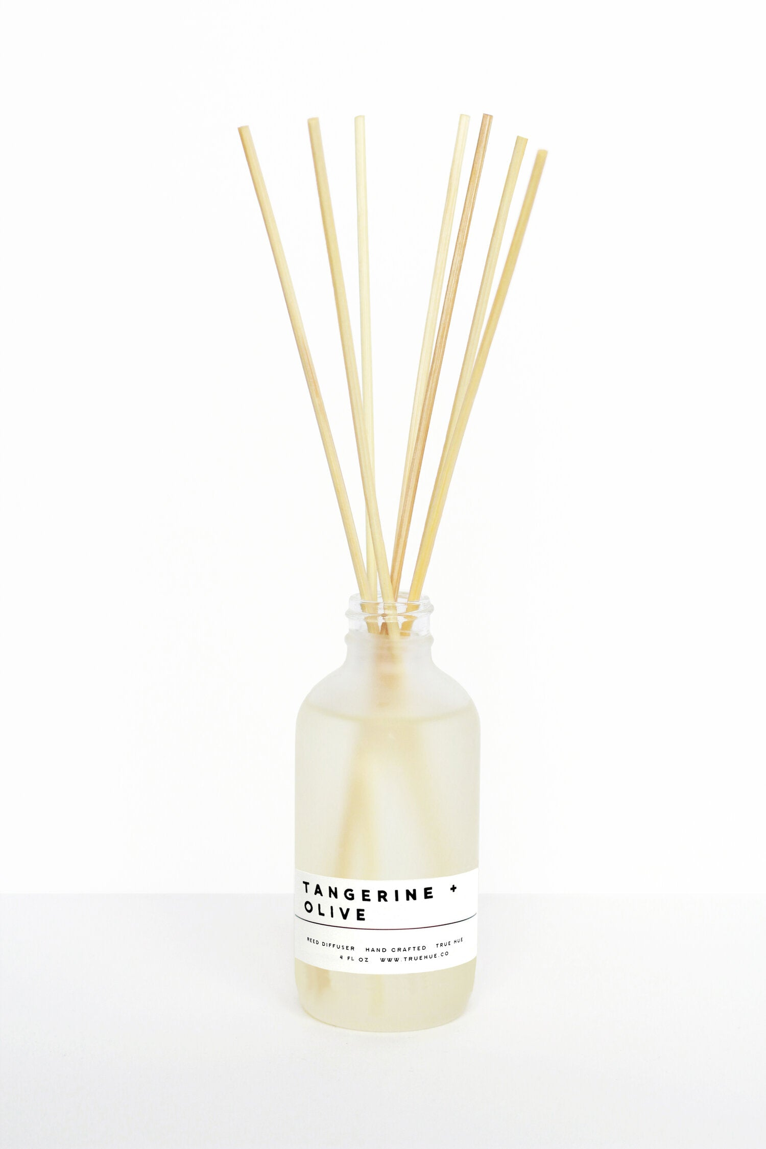 TRUE HUE - 4OZ TANGERINE + OLIVE REED DIFFUSER