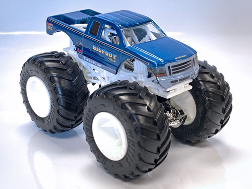 Hot Wheels Super Duty BIGFOOT Toy - 1:64 Scale