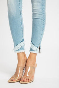 In Stock Kan Can Detail Hem Skinnies