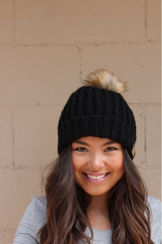 Black Slouchy Weave Hat
