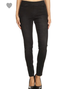 Non-Distressed Jeggings (Black)