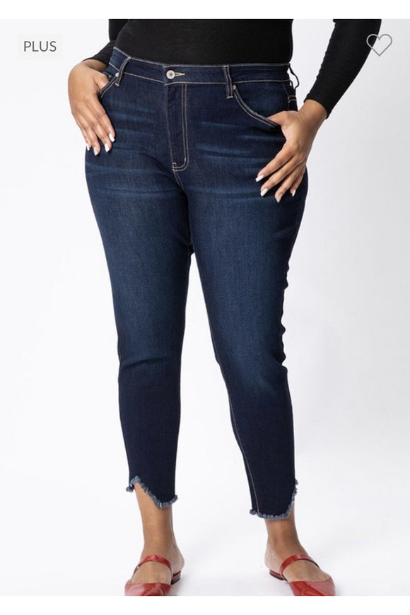 In Stock Curvy Kan Can Dark Wash Detail Hem Skinnies