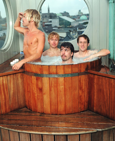 Foo Fighters - tub