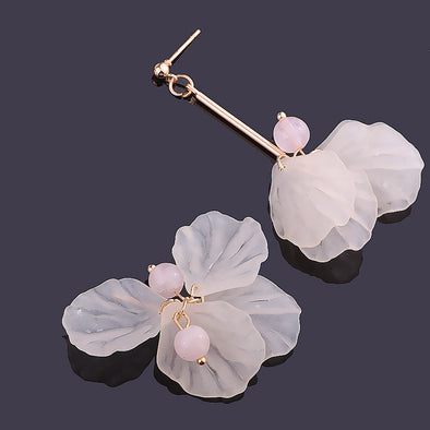 Handmade Romantic Petal Asymmetric Earrings - Fashionmoxy