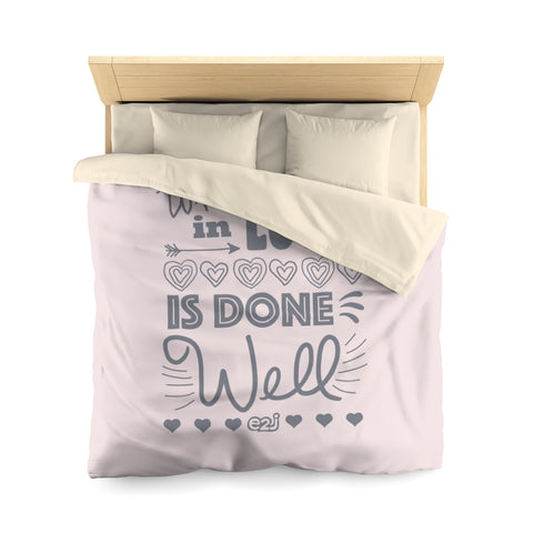 Earth 2 Jane 'In Love'  Duvet Cover