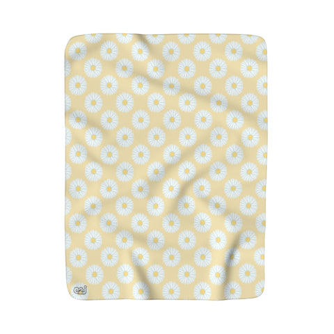 Earth 2 Jane 'Yellow Daisies' Sherpa Fleece Blanket