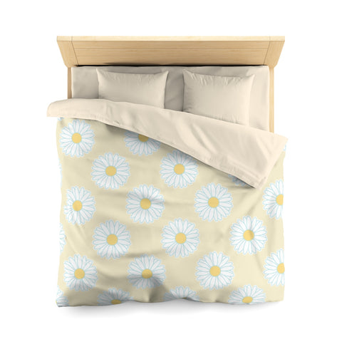 Earth 2 Jane 'Yellow Daisies'  Duvet Cover