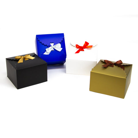 flower edge gift boxes, large favor gift boxes, scallop edge gift boxes, favor boxes, gift boxes, holiday gift boxes with ribbons, metallic gold premium gift boxes, christmas gift boxes, holiday favor gift boxes, teacher's appreciation week gift boxes, gift boxes in bulk | Gift Expressions