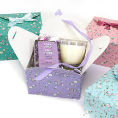 DIY wedding favor ideas, flower edge gift boxes, large favor gift boxes, scallop edge gift boxes, favor boxes, gift boxes, pastel gift boxes with ribbons, floral pattern gift boxes, baby shower favor gift boxes, wedding favor gift boxes, teacher's appreciation week gift boxes, gift boxes in bulk | Gift Expressions