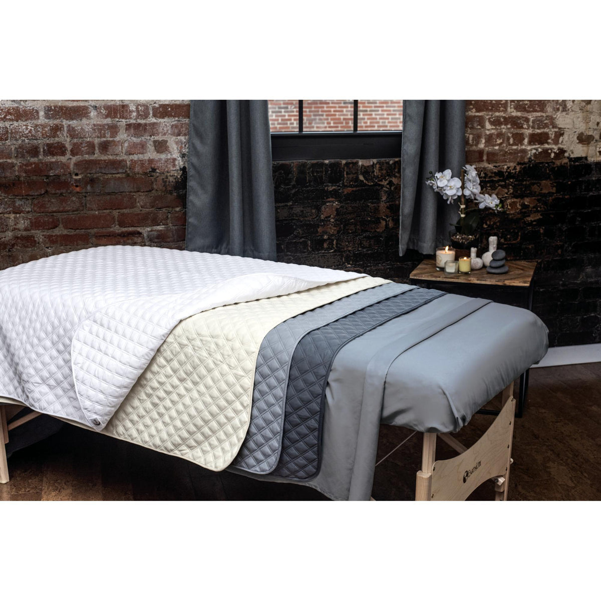 Sheets, Blankets & Accessories Sposh Urban Microfiber Quilted Blanket