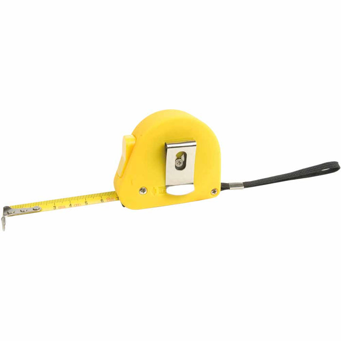 3m Tape measure in rubber casing with lock, including a wrist wrap and belt clip. Size 5,5 x 6,5 cm
