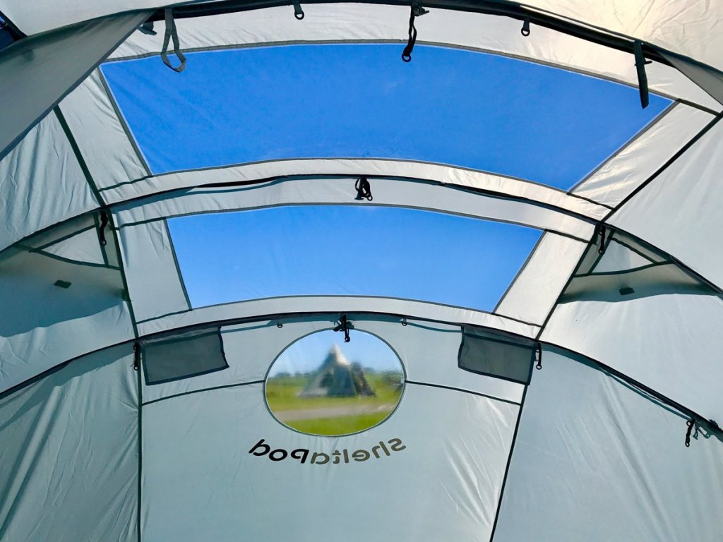 SheltaPod is an awning that works not only with campervans but with any vehicle. It can be used as a simple sun canopy, shelter, 4 person sleeping tent and driveaway awning. The ideal family tent for camping, whatever the weather.