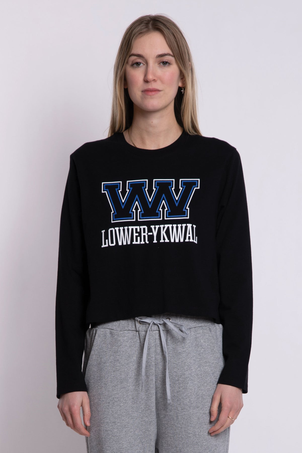 Big W Cropped LS Tee - Black