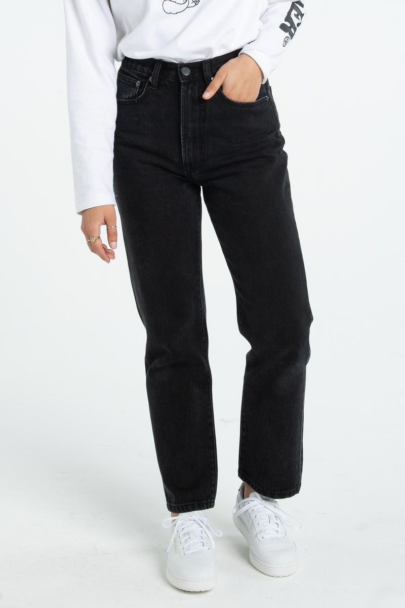 Womens Dusty Straight Jean - Black
