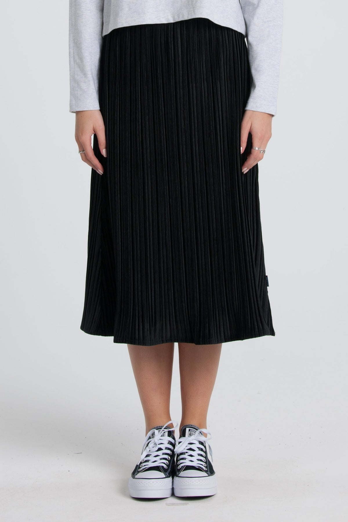 Velvet Pleat Skirt - Black