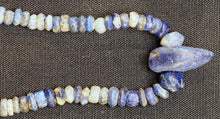 Load image into Gallery viewer, Bactrian lapis lazuli beads