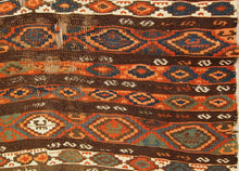 Load image into Gallery viewer, Kilim from north-east Turkey
