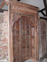 Load image into Gallery viewer, Monumental wooden door from India
