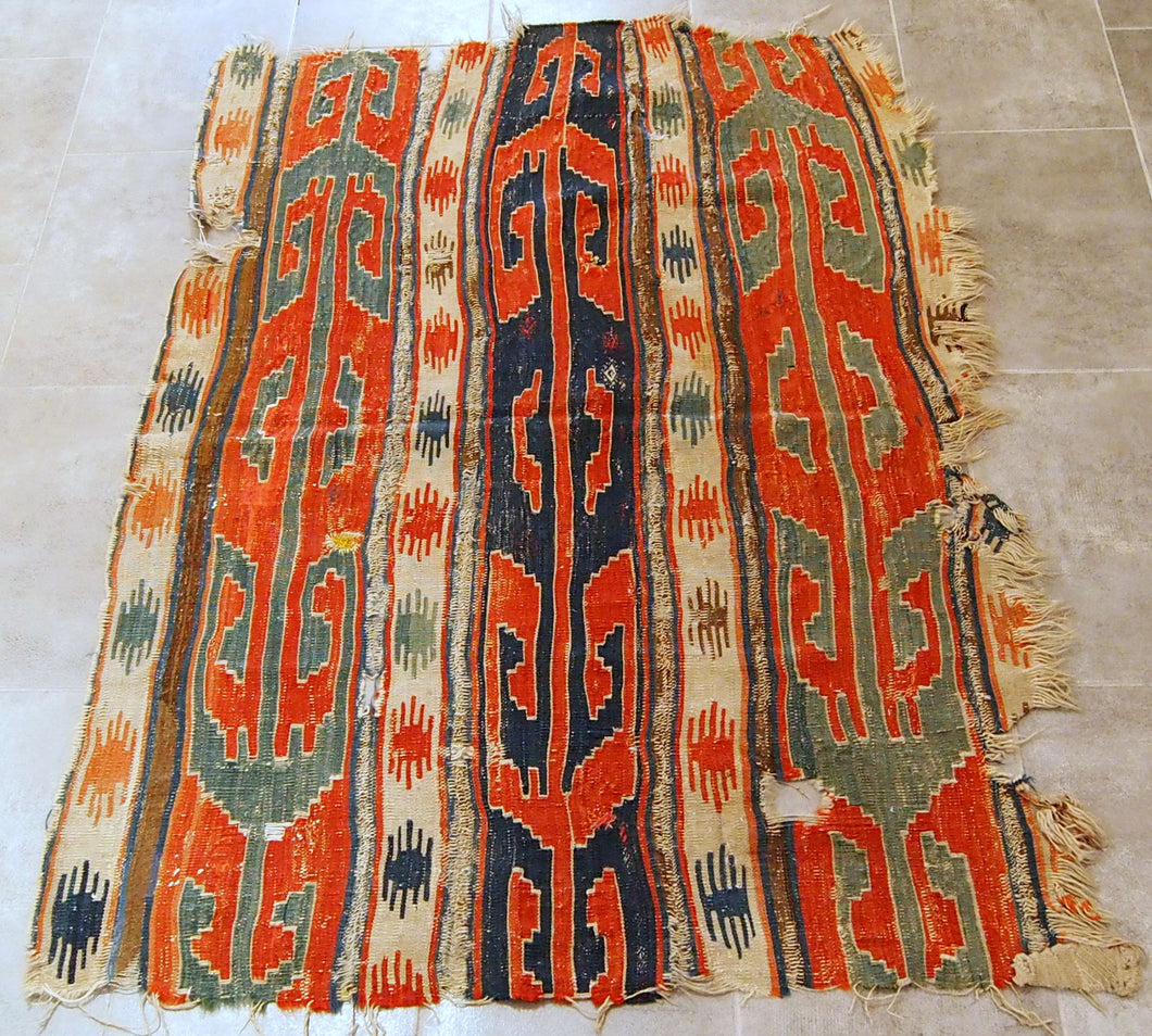 Bordjalu fragmented kilim.