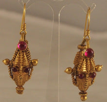 Load image into Gallery viewer, Indian gold earrings