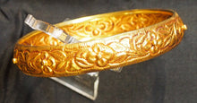 Load image into Gallery viewer, Gold bangle, India