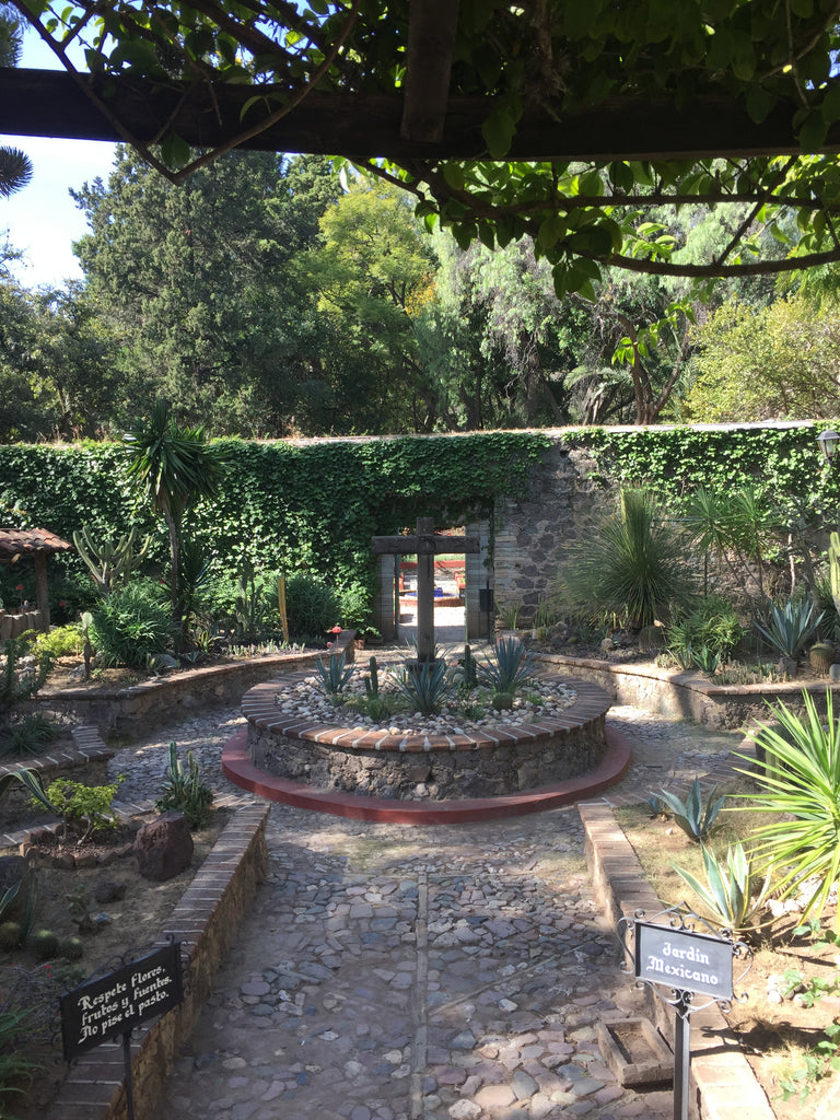 ex-hacienda_san gabriel de barrera_gardens_fountain_cross_stone_walkway_path