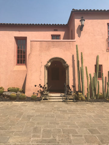 Lotusland_main-house_terra-cotta_adobe_spanish_colonial_architecture
