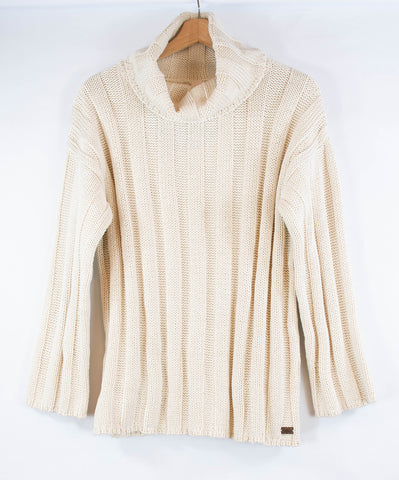 Ribbed_cream_turtle-neck_sweater_longsleeve_front